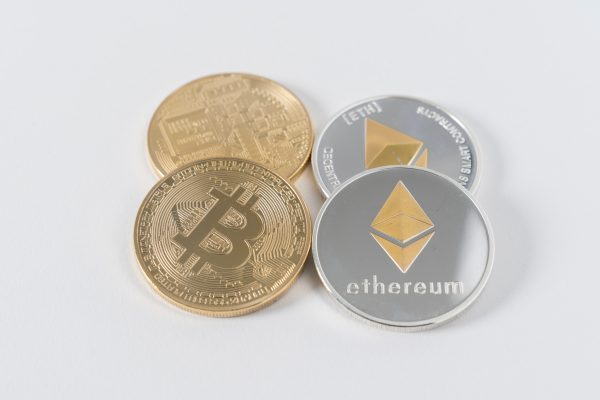 bitcoin y etherum